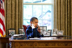 Barack_Obama_talks_on_the_phone_2009-05-06 (2)